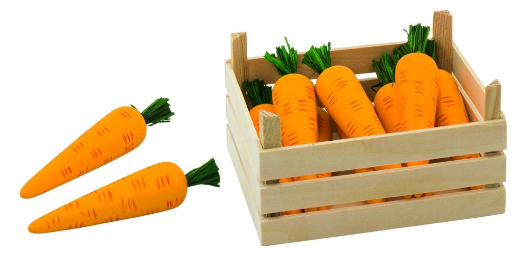Houten kist met wortels