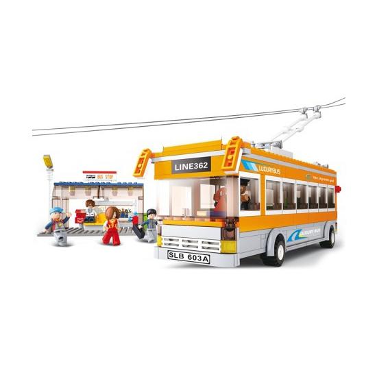 Sluban lijnbus en busstation