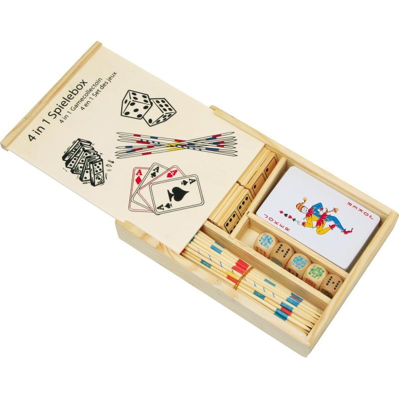Spellenbox van hout met 4 spellen