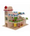 Houten speelgoed garage met lift