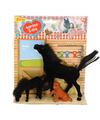 Zwart paard met veulen en hond