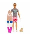 Ken pop met surfplank en puppy