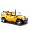 Modelauto hummer h2 geel 1 24